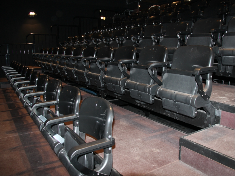 Tribune da interno per cinema